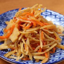 Kinpira gobo (braised burdock root and carrot)