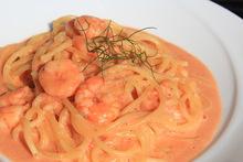 Small shrimp in tomato cream sauce