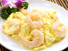 Stir-fried shrimp and egg
