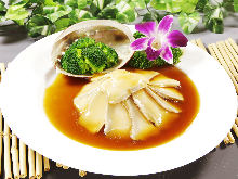 Abalone stewed in oyster sauce