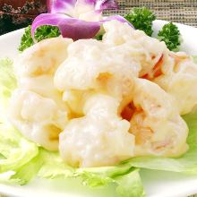 Fried shrimp dressed with mayonnaise