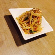 Bean sprouts namul (Korean seasoned bean sprouts)