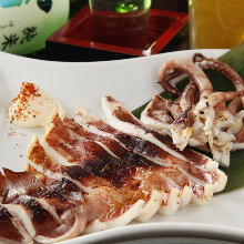 Lightly-dried squid