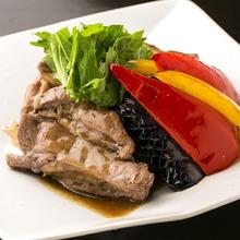 岩手県産豚のスペアリブワイン煮