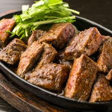 青森県産牛の味噌鉄板焼き