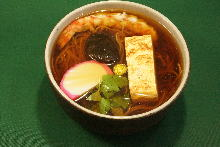 Udon with fish cake