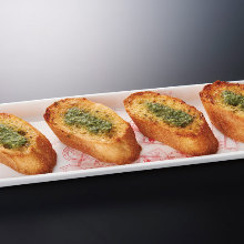 Garlic toast
