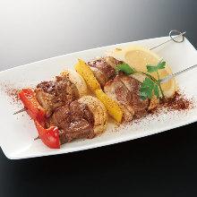 Grilled lamb skewer