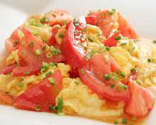 Stir-fried tomato and egg