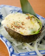 Avocado and cheese gratin