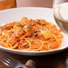 Tomato cream pasta