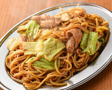 Yakisoba noodles with sauce