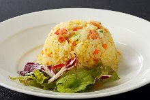 Crab and lettuce fried rice