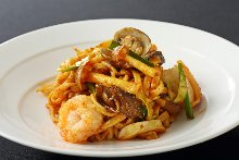 Chinese noodles topped with ground pork