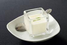 Almond jelly