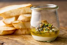 自家製リコッタチーズとオーガニックハニーピスタチオのサルサ