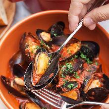ムール貝のマリニエール ガーリック&トマト