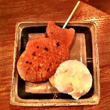Taiyaki ice cream