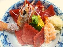 Pacific bluefin tuna rice bowl