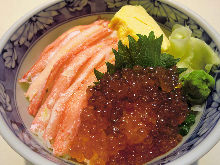 Crab and salmon roe rice bowl