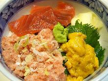 Seafood rice bowl with minced tuna, tuna and sea urchin