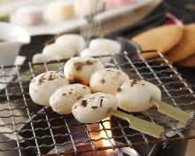 Dango (skewered rice dumplings)