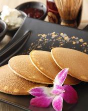 Dorayaki (two pancakes with adzuki bean paste in between)