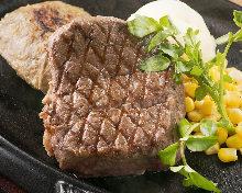 Tenderloin steak and hamburg steak combo