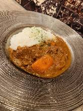 Beef sinew curry