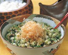 【郷土料理】おぼろ豆腐に山形のダシを添えて