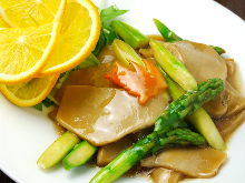 Asparagus and abalone mushroom stir-fried in soy sauce