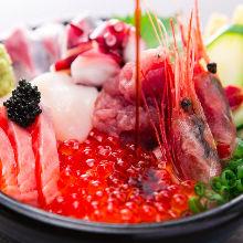 寿司7貫と巻物1本(寿司盛り合わせ)