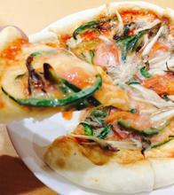旬野菜のピザ・ベジチーズのせ