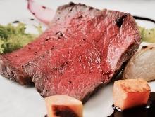 和牛もも肉のロースト