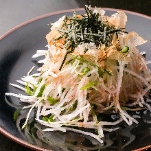Salad japanese white radish and tuna