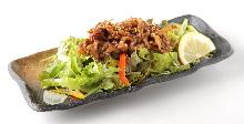 牛バラ焼き肉サラダ