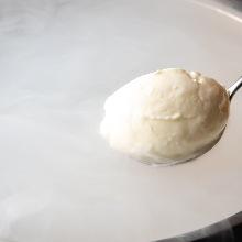 Liquid nitrogen ice cream