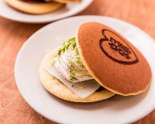 Matcha and fresh cream dorayaki