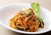 Tomato sauce pasta