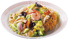 Sara Udon (fried noodles  with vegetable and various toppings)