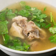 Gomtang soup