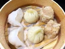Assorted dim sum, 3 kinds