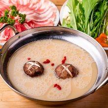 White broth hotpot with kurobuta pork