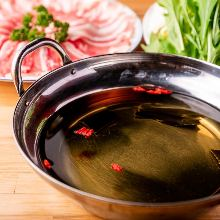 Shiro-dashi hotpot with kurobuta pork