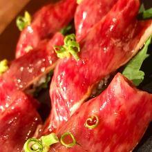 Seared beef sushi