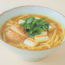 Wheat noodles in a curry broth