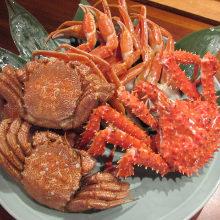 Live crab sashimi