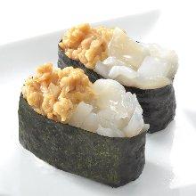 Squid and natto gunkan sushi roll