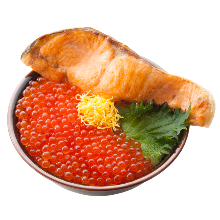 Fatty salmon and salmon roe rice bowl