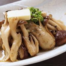 Stir-fried mushroom with butter